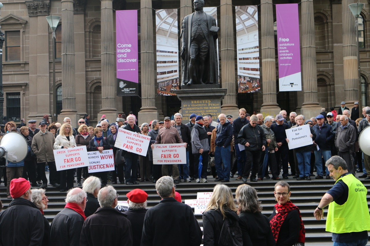 Retired members' rally slams Coalition cuts