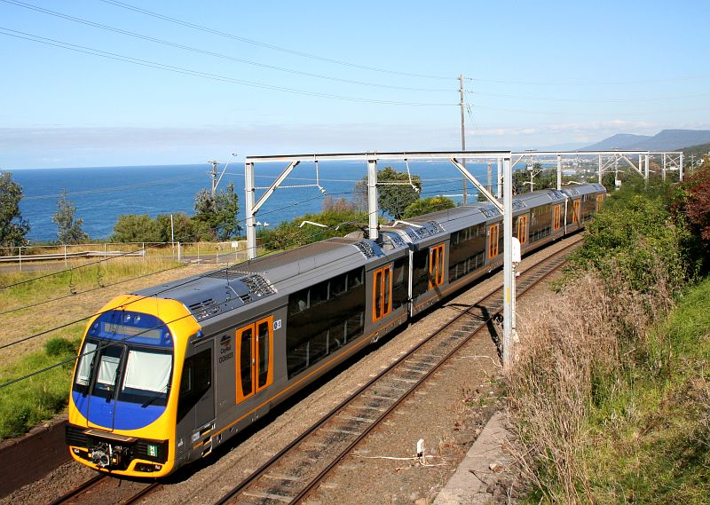 Queensland and NSW rail procurement disasters prove necessity of Australian manufacturing