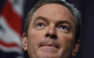 CHRISTOPHER PYNE SUPPORTS UNION CAMPAIGN: 'SUBS SHOULD BE BUILT IN AUSTRALIA.