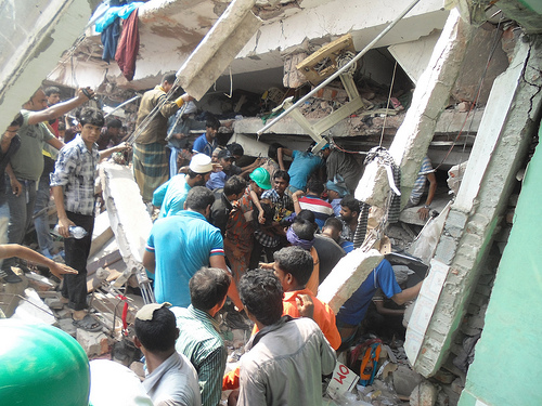 Bangladesh_Savar_collapse_2_sc.jpg
