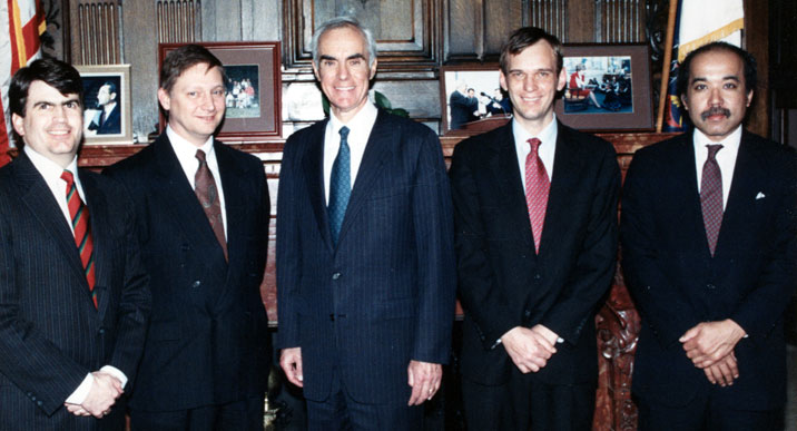 john-hanger-governor-casey.jpg
