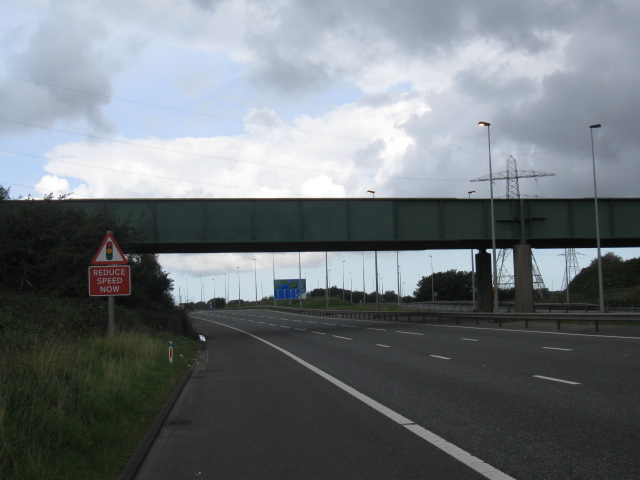 The M58 bridge after the graffiti had been cleared