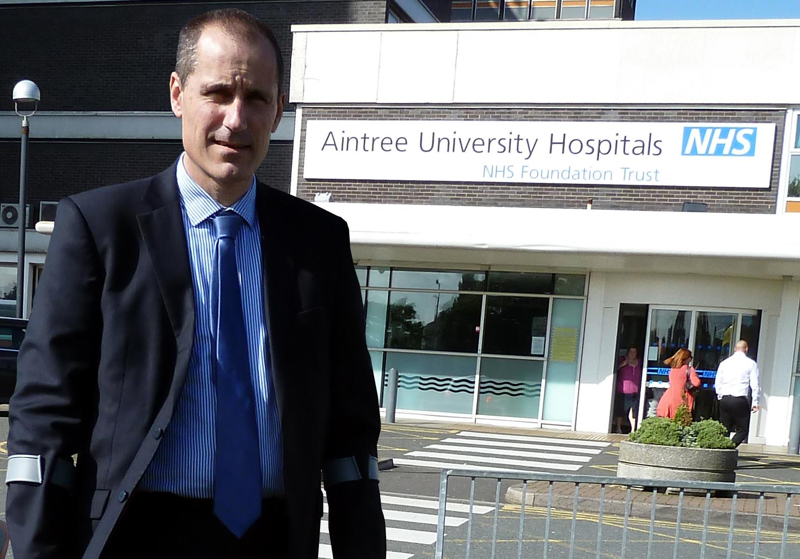 Bill Esterson at Aintree Hospital A&E