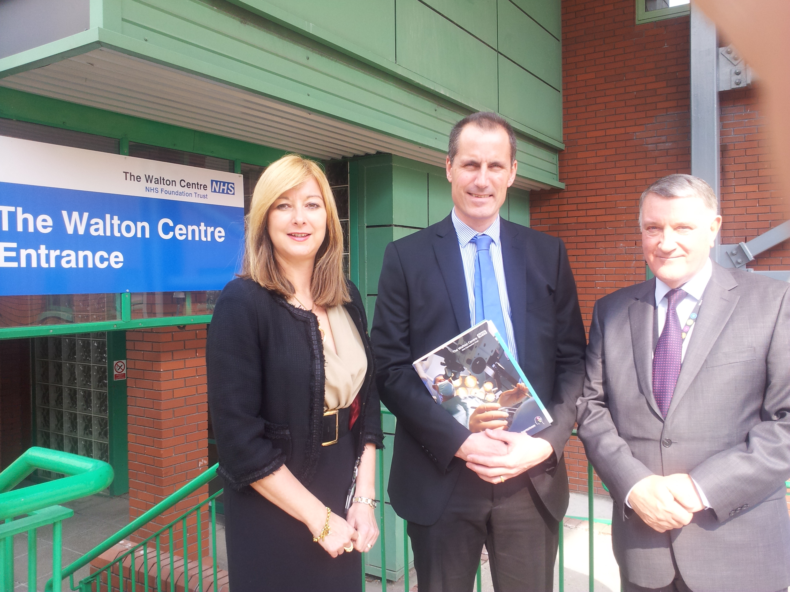 Sefton Central Labour MP Bill Esterson with chief executive Liz Mearns and chairman Ken Hoskisson at the Walton Centre.