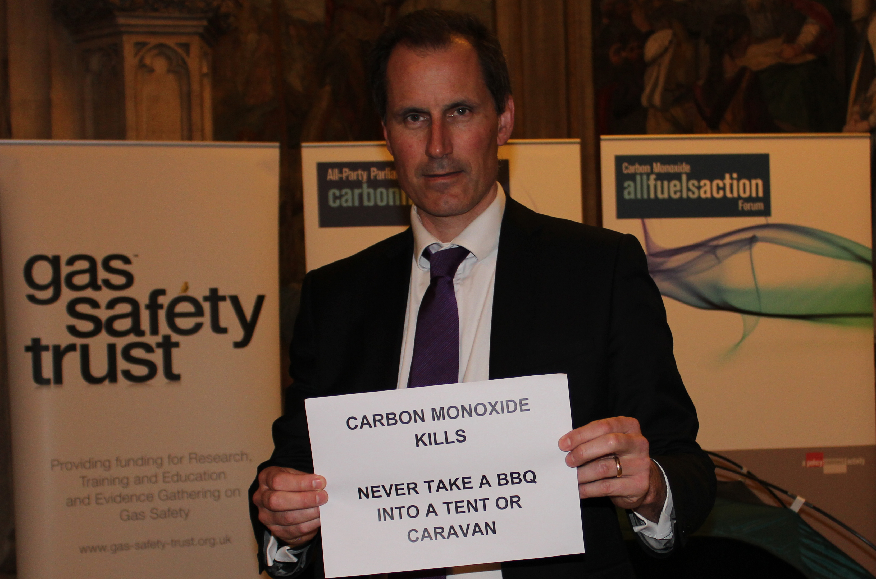 Sefton Central Labour MP Bill Esterson is warning people to be aware of the dangers of carbon monoxide during the summer.