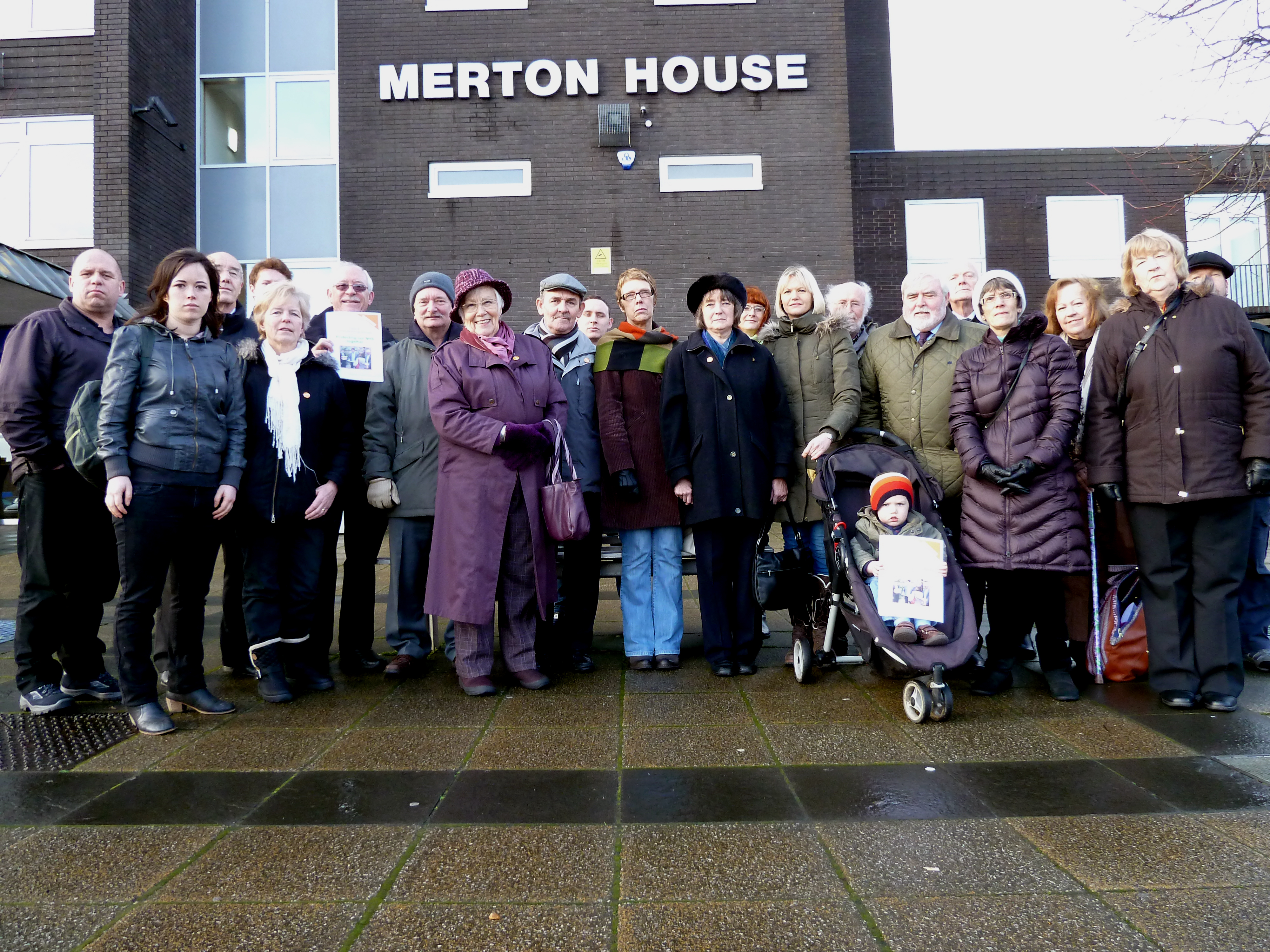 Sefton Councillors and Labour Action Team members, Cllr Dave Robinson, Ben Murphy, Cllr Veronica Bennett and Cllr Nina Killen, with 38 Degrees members at Merton House where they handed in the 1,600-name petition calling on the new Clinical Commissioning Groups to protect the NHS from privatisation.