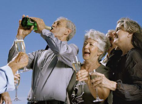 Как вывести пожилого человека из запоя