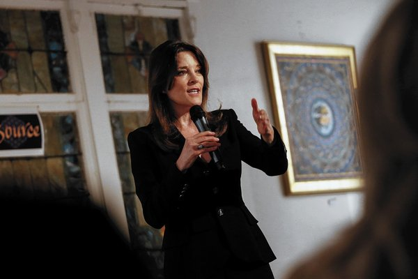 la-1617524-me-1205-marianne-williamson-2-jlc-03-jp-20140111.jpeg