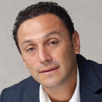 Dr. Nelson Granados