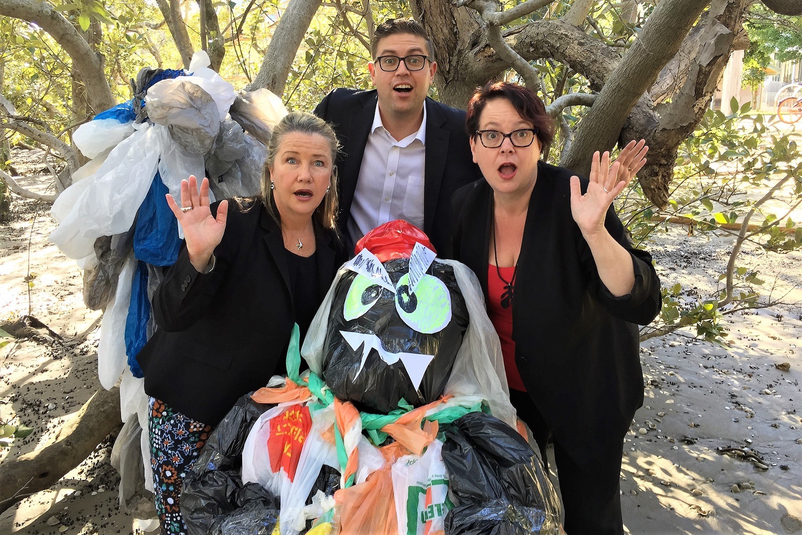 Plastic bags farce continues thanks to Berejiklian Government failing to ban the bag - Labor to reintroduce its bill in Parliament