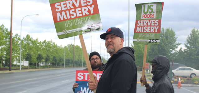 US Foods Teamsters in Fife Show Support of Striking MD Workers Image