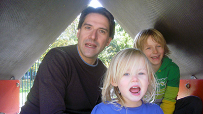 James with his children Evie and Sollie