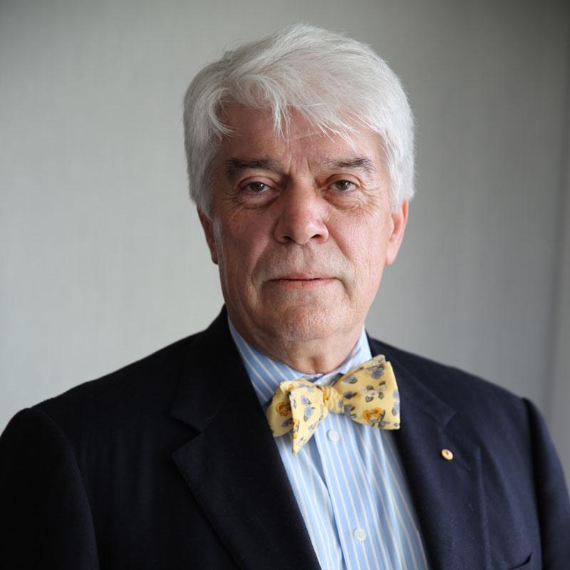 Roger Wilkins, AO