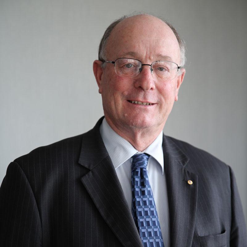 Ron Heinrich, AM