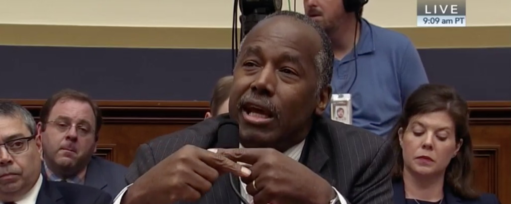 Ben Carson Is Tired of People Saying He Says Poverty Is 'A State of Mind' When He Says Poverty Is 'A State of Mind'