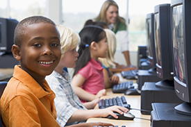 children_at_computer_275.jpg