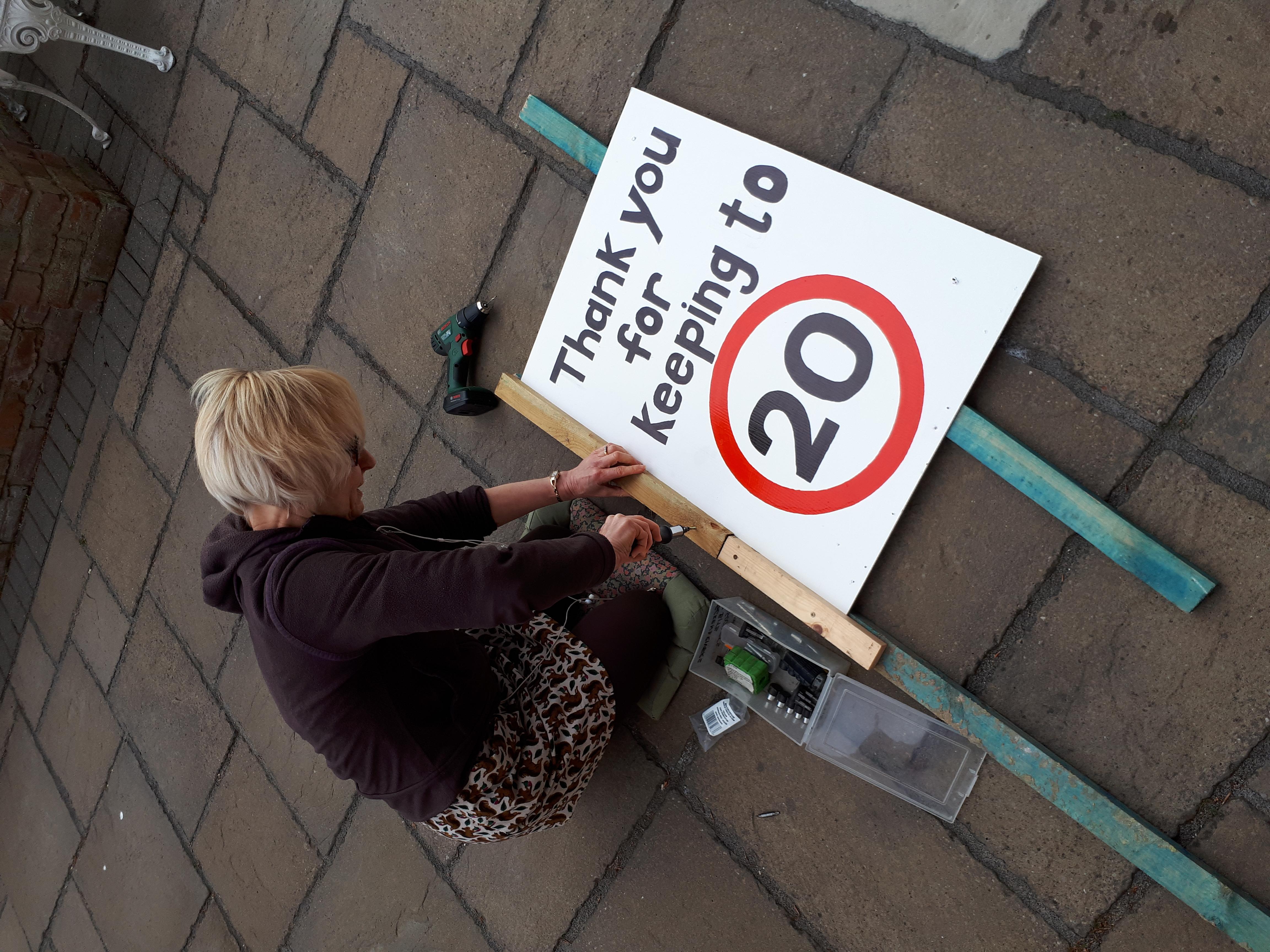20sP_Chester_Sign-Making.jpg