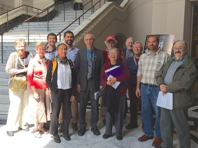 Oakland divestment activists