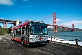 Muni_bus_and_bay_bridge.jpeg