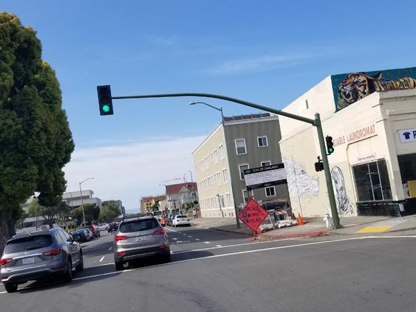 traffic_light-arm-downtown.jpg