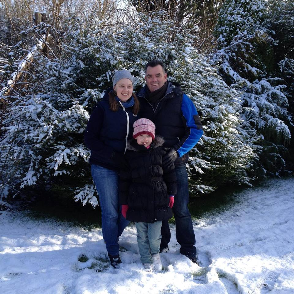 family_snow_uk.jpg