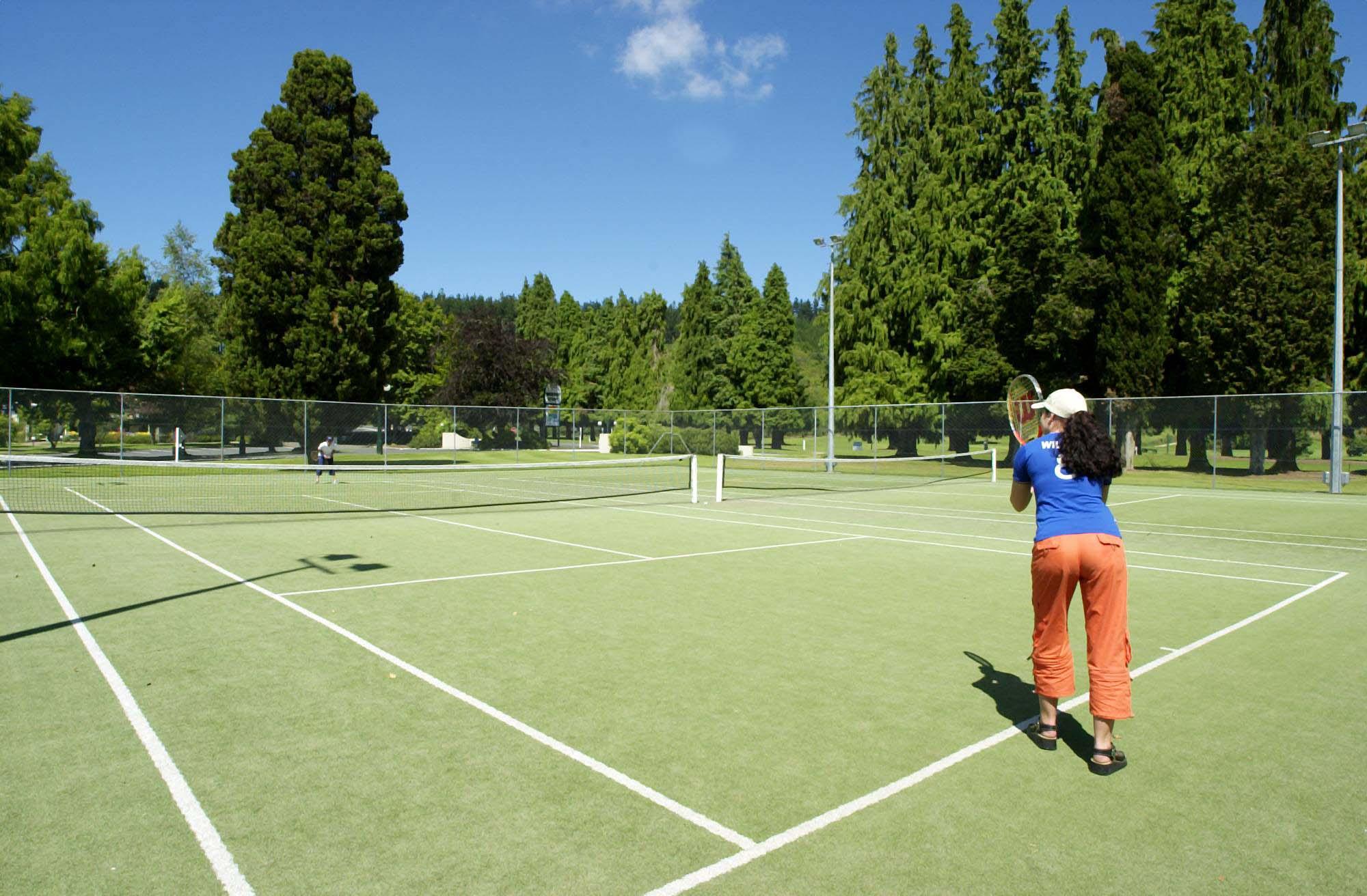 Tennis_Courts.jpg