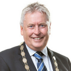 Mayor_David_Trewavas_2016.jpg