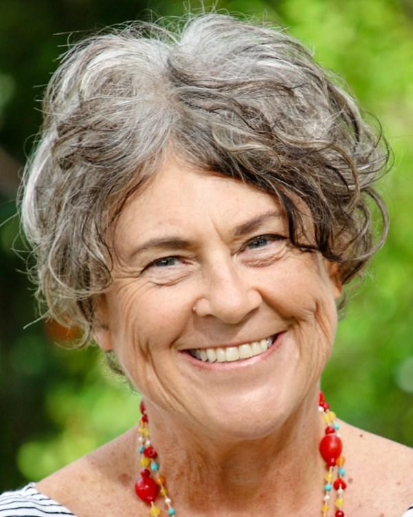 julie-mcglone-headshot-12-of-18.jpg
