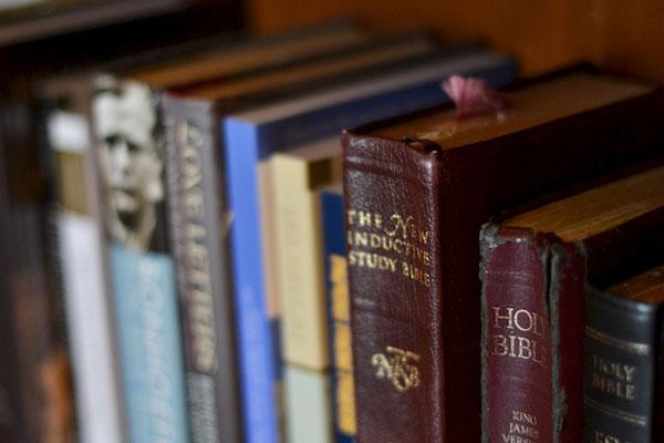 christian-books.jpg