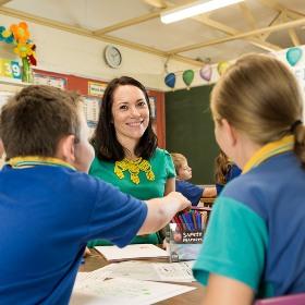 Smiling_teacher.jpg