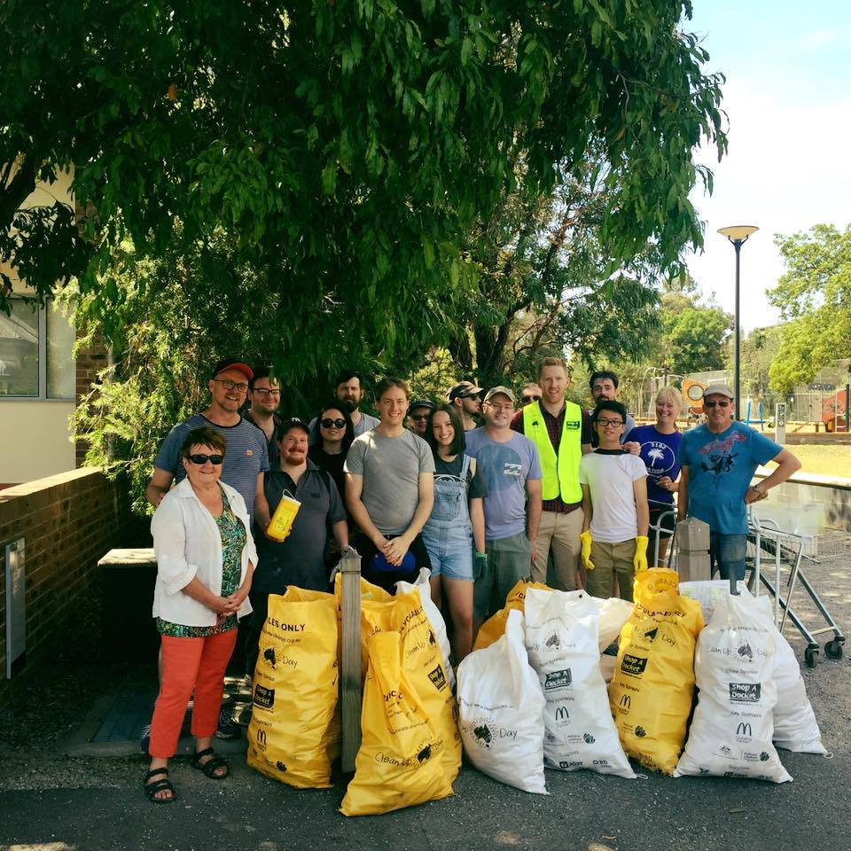 Stonnington Greens members at Clean Up Australia Day