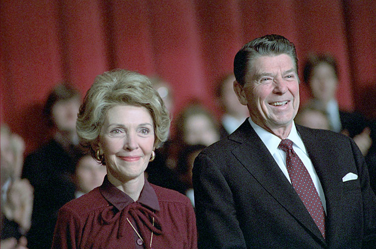 Nancy_and_Ronald_Reagan.jpg