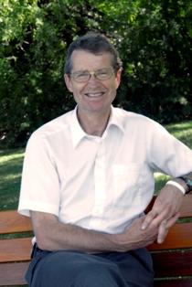 DavidOutdoorleft-column.JPG