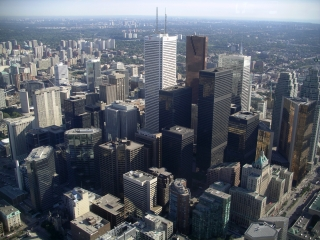 Toronto_central_business_district_320_240.jpg