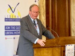 ALDE President van Baalen and Czech PM Babiš discuss COVID-19