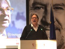 Verhofstadt says we must renew Europe