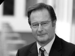 In Memoriam: Klaus Kinkel