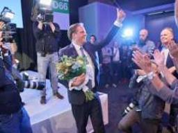 Alexander Pechtold steps down as D66 leader