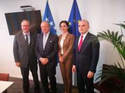 Bureau meets with parties in Kosovo and Macedonia