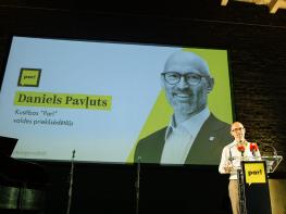 Daniels Pavļuts re-elected Chairman as Kustība