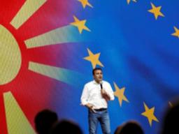 Pro-EU coalition set to win parliamentary vote in North Macedonia