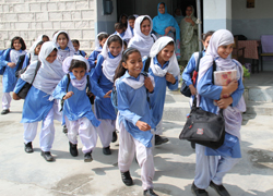 pakistan_girls_education_2.jpg