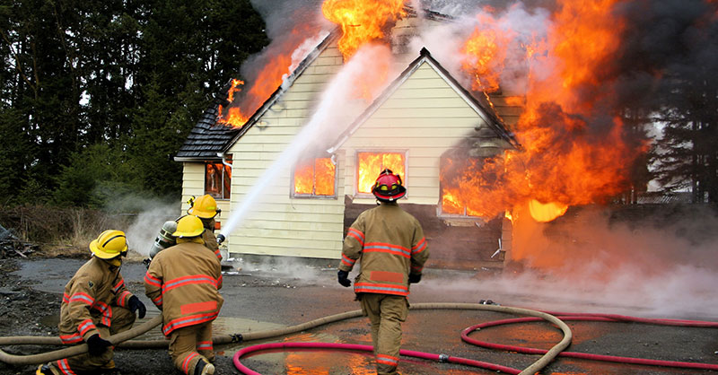 cute-house-fire-THUMB.jpg