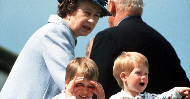 cute-queen-elizabeth-family-3.jpg