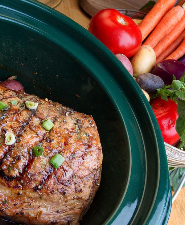 food-cooking-crockpot-meat-side.jpg