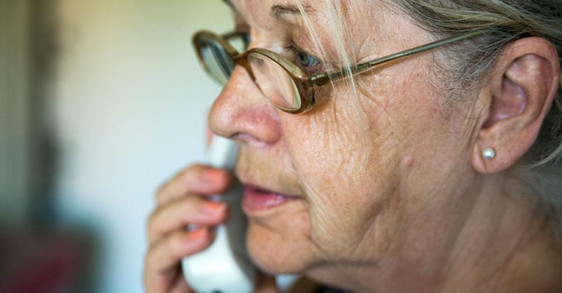grandparent-phone-scam-thumb.jpg