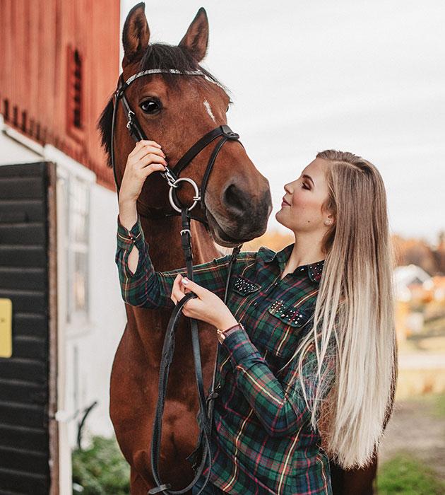 horselove2.jpg