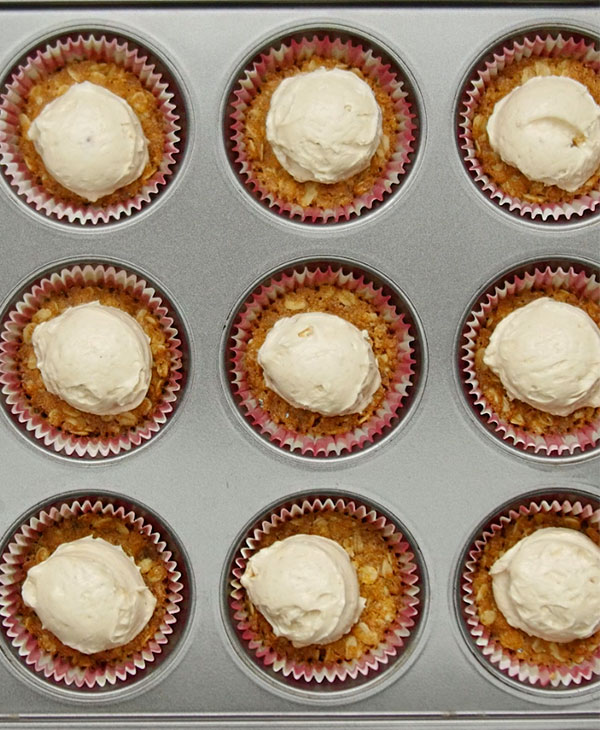food-desserts-brown-betty-cheesecake-pan.jpg