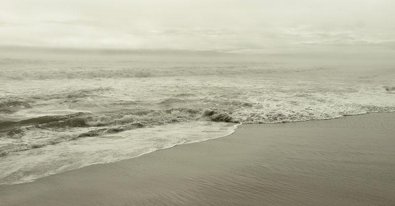 beach-ocean-water-tide-storm-THUMB.jpg