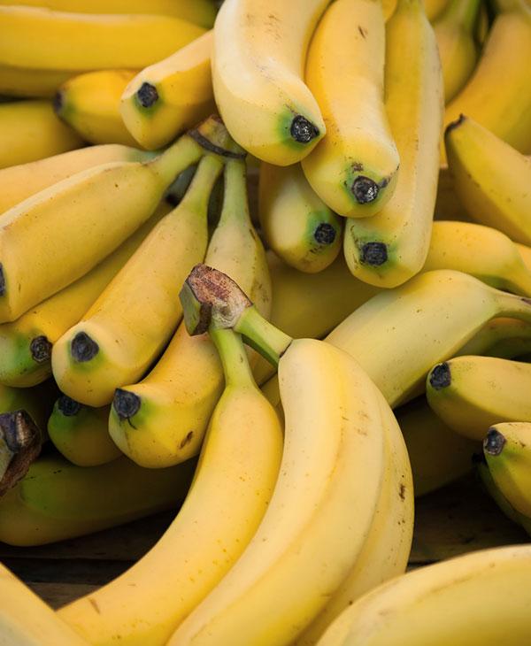 food-bananas-fruit-facts.jpg